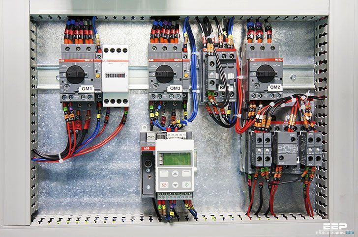 Installation of Quality Cat Plenum Wires in Home Electronics: